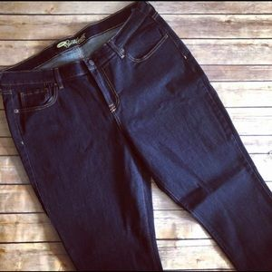 Old Navy Tall Length Sweetheart Skinny Jeans